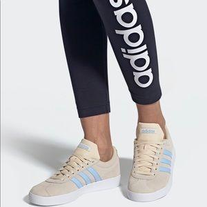 Women's NWT adidas, 8.5 VL court 2.0 sneaker